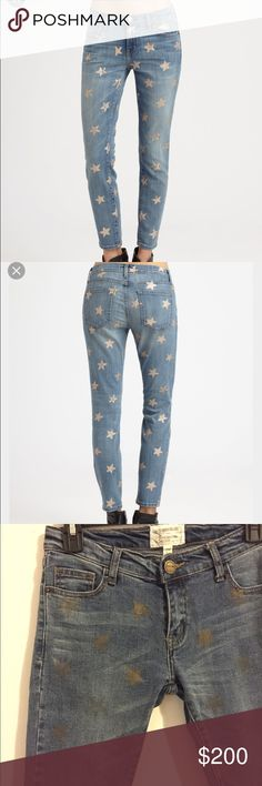 SALE Current/Elliot gold star print Jean low rise light wash Jean with gold star print detail on front and back Current/Elliott Jeans Skinny