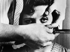'Un Chien Andalou' Movie Plot, Film Movie, Magritte, Luis Bunuel, American Werewolf In London, Image Film, Film Images, 1920s Art, Film Stills