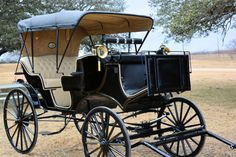 Our brand new black fully loaded vis-a-vis horse-drawn carriage!  Add some class to your next event!  www.littlecowboycarriageservice.com #carriage #texas