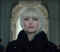 Lawrence Is at Her Most Raw and Visceral in Red Sparrow Jennifer Lawrence Is at Her Most Raw and Visceral in Red SparrowJennifer Lawrence Is at Her Most Raw and Visceral in Red Sparrow Jennifer Lawrence Bangs, Jennifer Lawrence Red Sparrow, Jenifer Lawrence, Bob With Bangs, Long Hair With Bangs, Bob Bangs, Trendy Hairstyles, Bob Hairstyles, Red Sparrow Movie