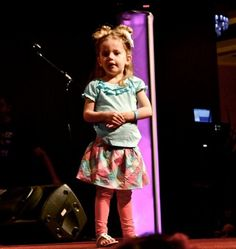 babytard at playlist live a few years ago...she is just too cute!