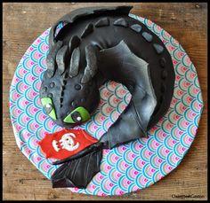 Crocmou en pâte à sucre avec tuto !  Amazing Toothless cake !