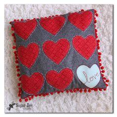Pom Pom Heart Pillow Tutorial