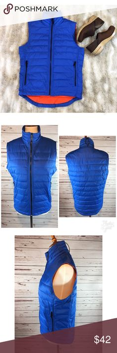 Banana Republic Puffer Vest Super primaloft puffer vest from Banana Republic, NWOT.. Primaloft is a luxury alternative to down. Zips up front with two zipper pockets outside and one internal pocket. This vest is s size small. Banana Republic Jackets & Coats Vests