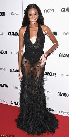 Winnie Harlow Photos - Winnie Harlow attends the Glamour Women of The Year awards 2017 at Berkeley Square Gardens on June 2017 in London, England. - Glamour Women of the Year Awards 2017 - Red Carpet Arrivals Chantelle Brown Young, Hair Design, Floral Tea Dress, Winnie Harlow, Fashion Cover, Prom Long, Glamour, Red Carpet Dresses, Celebs