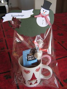 Xmas Gifts, Cute Gifts, Valentine Day Gifts, Valentines, Valentine's Day Gift Baskets, Fun At Work, Gift Wrapping, Diy And Crafts, Projects To Try