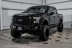 Ford equipped with a Fabtech Lift Kit Ford F150 Fx4, 2015 Ford F150, Ford Ecosport, Ford Raptor, Mustang Ford, Ford Bronco, Ford Transit Connect Camper, Ford Transit Camper, Lifted Ford Trucks