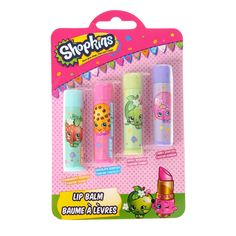 <P>These Shopkins lip balms are super cute featuring all the main characters such as Strawberry Kiss and Apple Blossom. And even better, they come in yummy flavours such as strawberry, chocolate, apple and candy! </P> - <UL> - <LI>4 pack</LI> - <LI>Novelty Shopkins flavoured lip balms</LI> - <LI>Includes: Strawberry, chocolate, apple and candy flavoured lip balms</LI></UL>