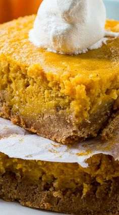 Pumpkin Spice Gooey Butter Cake is a super simple to make fall dessert with an amazing texture. Tastes like pumpkin pie but easier to make and feeds a crowd. Fall Desserts, Just Desserts, Delicious Desserts, Dessert Recipes, Yummy Food, Tasty, Pumpkin Recipes, Fall Recipes, Holiday Recipes