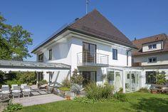 Sendling - nähe Südpark: Großzügiges Einfamilienhaus mit Indoor-Pool und sonnigem Garten in absolut ruhiger Lage Details: http://www.riedel-immobilien.de/objekt/2985