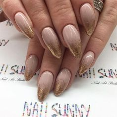 Gold Shimmer Ombre Nails Check out gold nails design ideas for prom, wedding, other occasions. Matte or glittery, stiletto, coffin or short – you will find it all. Gold Nails, Stiletto Nails, Glitter Nails, My Nails, Glitter Toms, Gold Glitter, Glitter Lipstick, Gold Nail Designs, Beautiful Nail Designs
