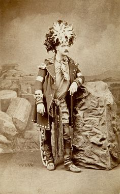 Journalist and historian André-Napoléon Montpetit, who reported on events and the people of the Huron-Wendat community, is dressed as Honorary Huron Chief. Photographed by George William Ellisson, 1878, Musée national des beaux-arts du Québec.