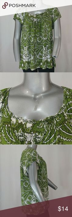 """Apt. 9 Green, Cream, Black Paisley Blouse, XL Light, stretchy, soft, cream/green/black paisley print blouse with cap sleeves and a relaxed feel. Good condition.   100% rayon.   29"""" length, 26"""" bust (all measurements are approx.)   Size XL by Apt. 9. Apt. 9 Tops Blouses"""