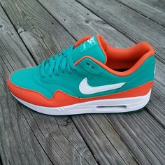 Nike Air Max, Air Max 1, Air Max Sneakers, Sneakers Nike, Fresh Shoes, Retro Shoes, Custom Sneakers, Shoe Game, Sneakers Fashion