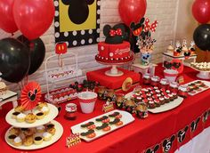 Mickey Mouse / Minnie Mouse Birthday Party Ideas | Photo 1 of 13