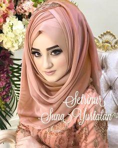 Image may contain: 1 person Bridal Hijab Styles, Hijab Wedding Dresses, Beautiful Iranian Women, Beautiful Hijab, Hijabi Girl, Girl Hijab, Muslim Gown, Hijab Style Tutorial, Hijab Style Dress