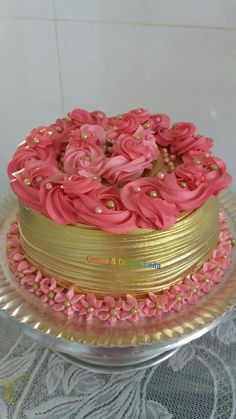 Beautiful Desserts, Beautiful Cakes, Amazing Cakes, Wedding Cake Designs, Wedding Cake Toppers, Cake Pricing, American Cake, Biscuit Cake, Cake Decorating Techniques