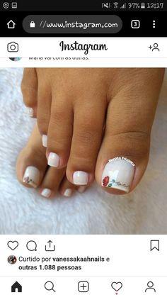 Nails Design, Beauty, Toenails, Flower, Toe Nail Art, Black Nails, Polish Nails, Feet Nails, Pedicures