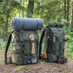#bushcraft #survivalgear #survival #bugout Survival Prepping, Wilderness Survival, Survival Skills, Survival Gear, Camping Survival, Survival Equipment, Hiking Backpack, Hiking Gear, Camping And Hiking