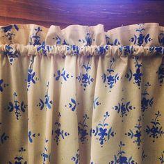 Év végére minden a helyére kerül.  #handmade #fabricpaint