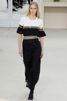 Ready To Wear 2016 Fall Chanel Collection