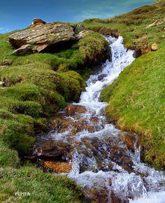 Acequia del Corazón.Pepita Estevez Sierra Nevada, Bryce Canyon, Water, Outdoor, Trekking, Waterfalls, Entryway, Gripe Water, Outdoors