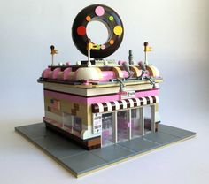 LEGO Ideas - Donut Shop - Modular City Store