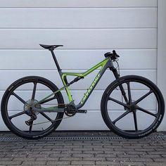 Cannondale Lefty, Cannondale Bikes, Mtb Bike, Xc Mountain Bike, Spin Bikes, Bicycle Design, Cool Bikes, Biker, Cycling