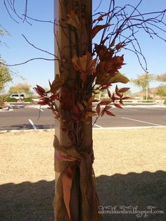 Autumn Decorating with Burlap | Fall burlap decor | Fabulous Fall