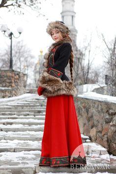 """Короткое пальто (жупан) """"Русские сезоны"""""""