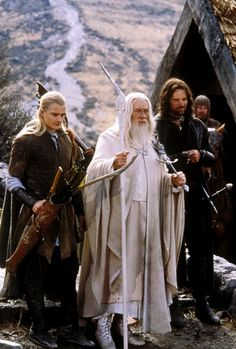 Legolas, Aragorn, Gandalf, and Gimli and the background Lord of the rings Gandalf, Legolas And Aragorn, Thranduil, Tauriel, Jrr Tolkien, Geek Culture, Die 100, The Blues Brothers, O Hobbit