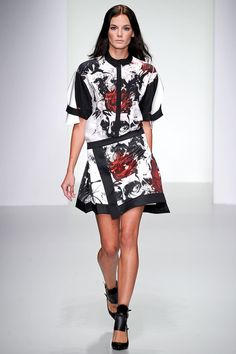 Jean-Pierre Braganza Spring 2014 Ready-to-Wear Collection Slideshow on Style.com