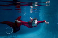High school senior photography. Underwater photography