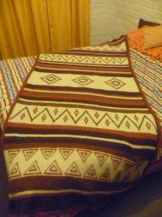 Pié de cama estilo Indígena..