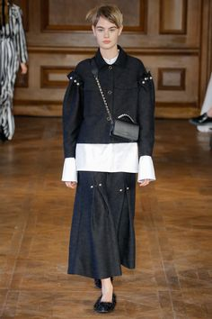 Mother of Pearl Fall 2017 Ready-to-Wear Fashion Show Collection
