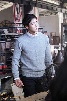 Yoo Yeon Seok Asian Men Fashion, Korean Street Fashion, Mens Fashion, Oppa Gangnam Style, Romantic Doctor, A Werewolf Boy, Yoo Yeon Seok, Korean Model, Good Looking Men