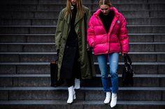 Instagram media by le21eme - #Le21eme x #AdamKatzSinding •  www.Le21eme.com •  @alixelinrutsey @elizamclark #AlixElinRutsey #ElizabethClark #LizClark #Paris #SS17 #FashionWeek #PFW #StreetStyle #Fashion #Mode #Moda #Canadian #JWAnderson #Margiela #Moncler #Couture #HauteCouture