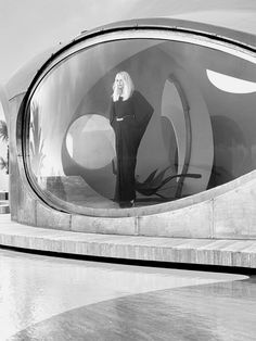 Pierre Cardin's bubble house on the Cote d'Azur, by architect Antti Lovag, built 1989, photo by Paul Figaro for Edson Williams.