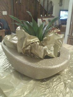 Golden Bedpan Made For Nurse Retiring