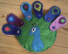 Button peacock