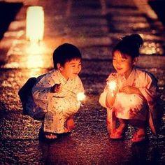 #japon #enfants #enfance #kodomo #no #hi #asie #party #fete #night  lemondedesakura.com