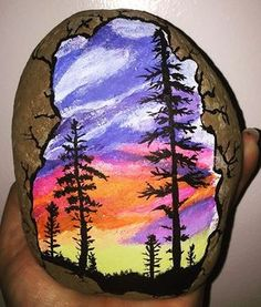 25 Cool Painted Rocks That Will Inspire You - I Love Painted Rocks If you love painting rocks, you will be obsessed with these 27 cool painted rocks! Check out the photos and get painting! Rock Painting Patterns, Rock Painting Ideas Easy, Rock Painting Designs, Pebble Painting, Love Painting, Pebble Art, Painted Rocks Craft, Hand Painted Rocks, Paint On Rocks