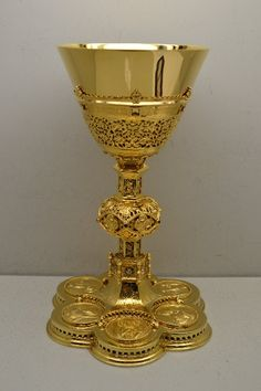 new beautiful Chalice and Ciboria - CHURCH APPOINTMENTS www.tradbrass.com