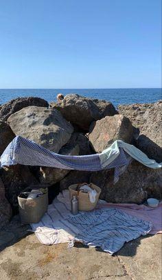 Summer Girls, Summer Time, European Summer, Summer Aesthetic, Summer Feeling, Beach Bum, Aesthetic Pictures, Strand, Surfing