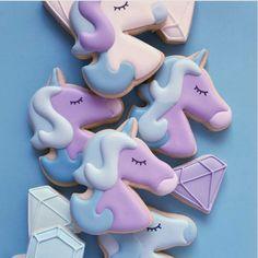 """glamourgermany on Instagram: """"-Keks-Liebe! Heute Nacht davon geträumt. Gibt es einen schöneren Traum?!  #vonwasträumstduso #Einhorn #Unicorncookies #Keksliebe : @hol_fox"""""""