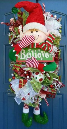 Christmas deco mesh wreaths (Lots to do . Christmas Mesh Wreaths, Christmas Swags, Christmas Door Decorations, Deco Mesh Wreaths, Christmas Holidays, Elf Decorations, Yarn Wreaths, Winter Wreaths, Floral Wreaths