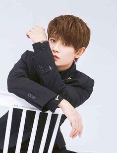Chinese Boy, Destiny, Acting, Handsome, Boys, People, Baby Boys, Senior Boys, Sons