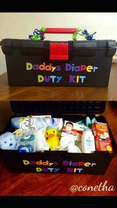 Such a great gift idea for the new Daddy! #babygiftbaskets