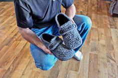 crochet man slipper pattern :D
