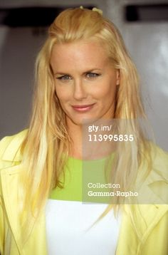 Cannes 96: Photo Call Daryl Hannah In Cannes, France On May 12, 1996